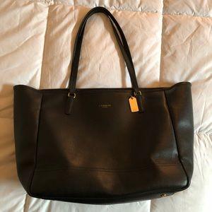 Black Coach bag MAKE AN OFFER!!!